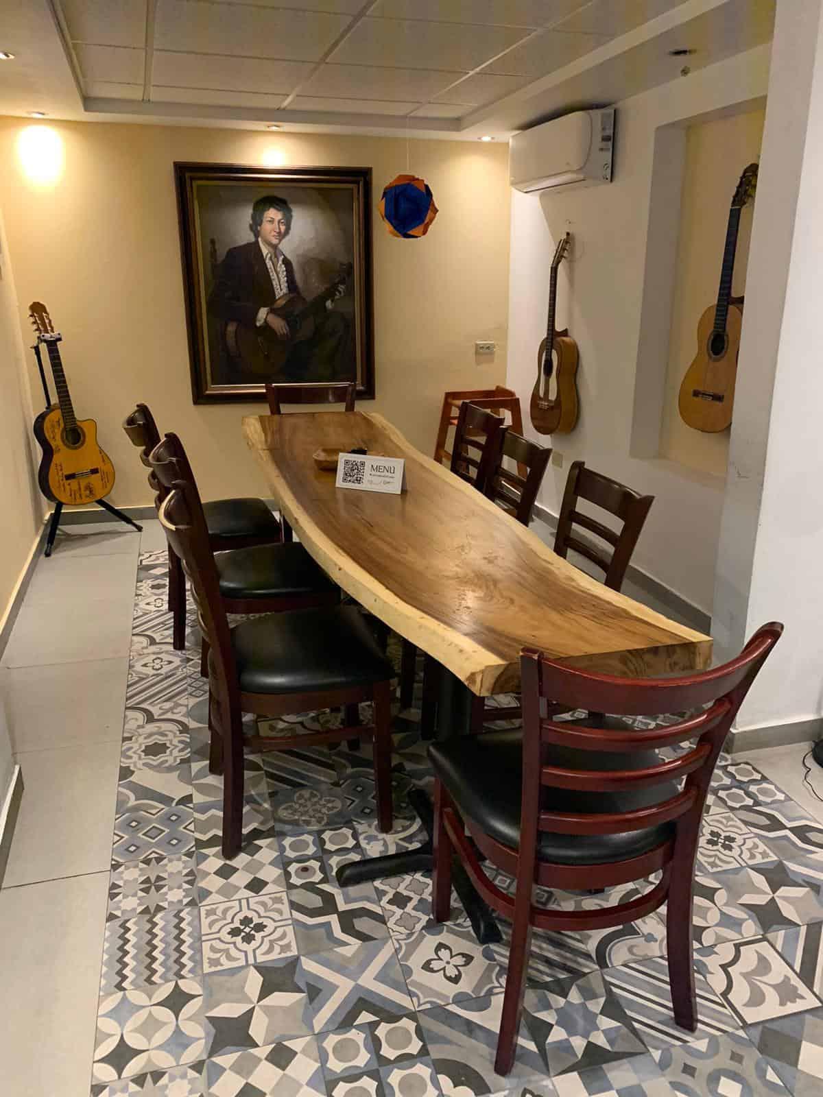 Salón La Guitarra